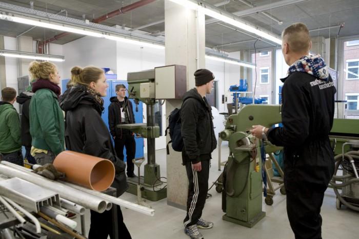 Erster Metallkurs 2012/13 in der Metallwerkstatt