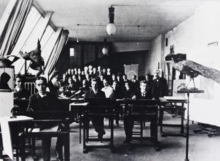 Die Malklasse von Prof. Georg Zimmermann, 1910  © Archiv Muthesius Kunsthochschule